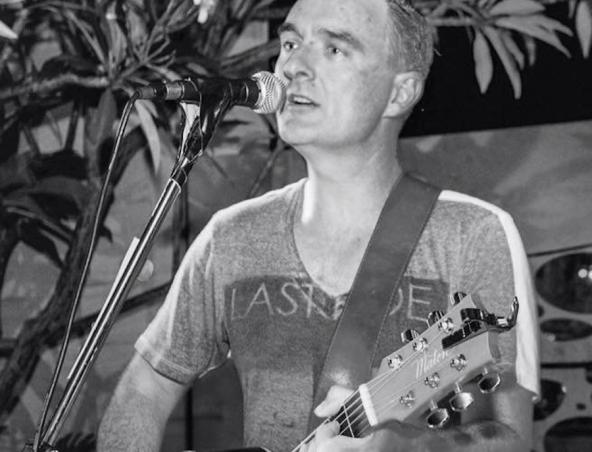 Duncan Acoustic Soloist Perth Musician