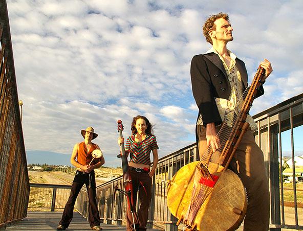 Electrickoraland Perth Music Trio