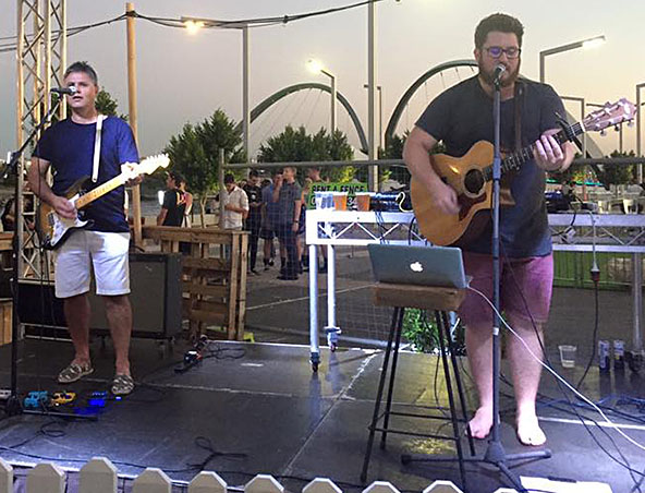 Acoustic Duo Perth - Bare Ends - Musicians