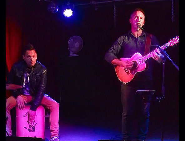 Adam James Acoustic Duo Perth - Singers Musicians - Cover Band