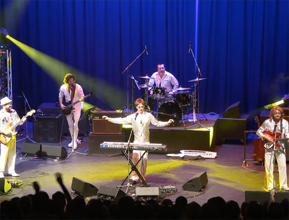 Perth Bee Gees Tribute Show - Impersonators - Tribute Bands - Musicians