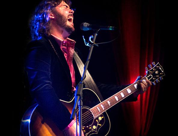Chris Murphy Singer Perth - Musician Entertainer