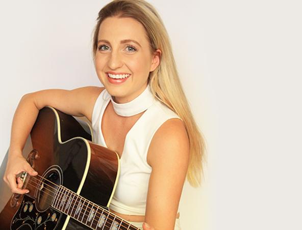 Danni Acoustic Soloist Perth Musician