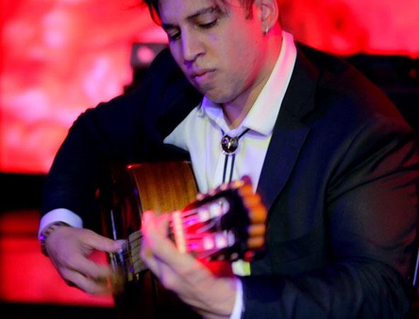 Perth Classical Guitarist - Instrumental Music