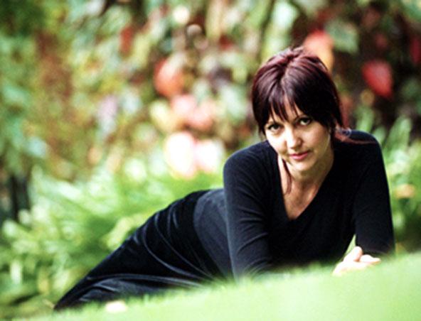 Karina Di Fabio Perth Singer