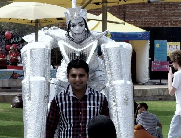 Alien Robots Stilt Walkers Perth