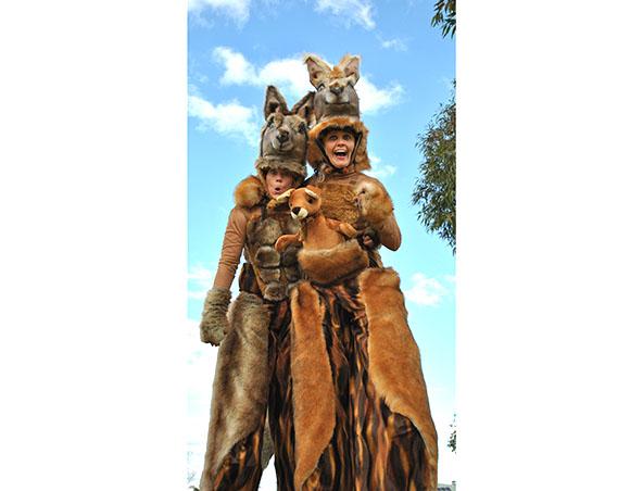 Perth Stilt Walkers - Christmas Kangaroos