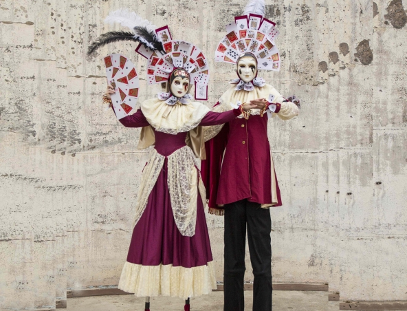 stilt walkers perth Venetian Stilts